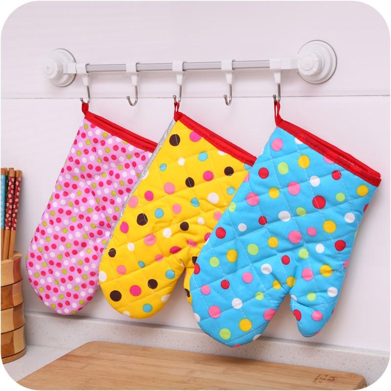 Kitchen Gloves Set